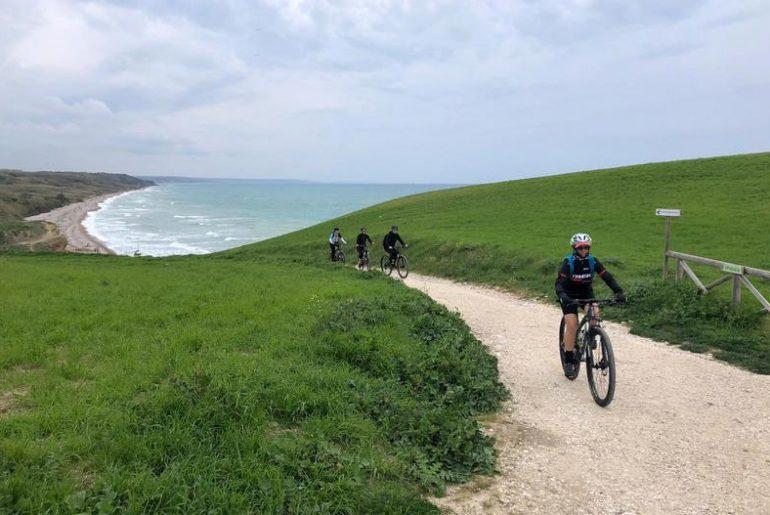La Ciclovia Adriatica e altri buoni motivi per una vacanza in bici in Abruzzo