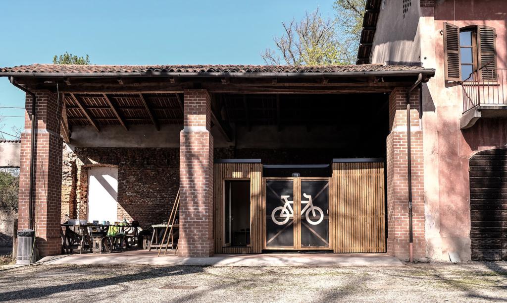 Bike hotel: dal Politecnico di Torino arrivano casette smontabili per dormire in ciclovia