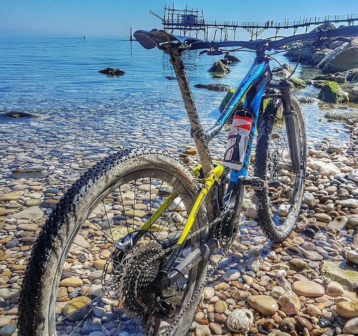 """""""Bike Tourism – Percorsi su strade bianche e a basso traffico a pettine sulla Bike to Coast"""""""