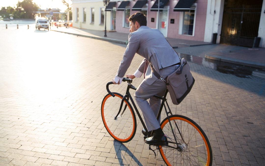 A Torino ti pagano per andare a lavoro in bici: 25 centesimi per ogni chilometro percorso