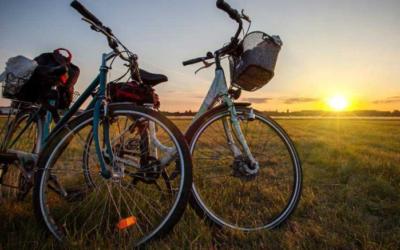 Cicloturismo: 2021, estate record. Boom di biker dal Garda alla Basilicata