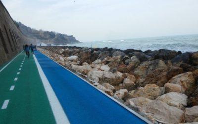L'Abruzzo regione bike-friendly: Fiab assegna 15 bandiere gialle ai Comuni Ciclabili